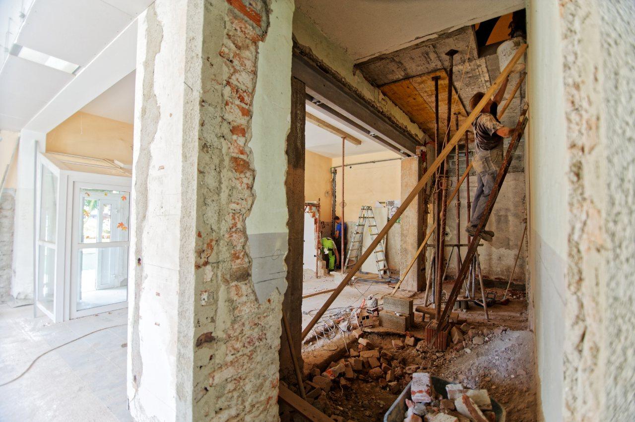 lenen renovatielening berekenen geld lenen voor verbouwing